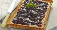Blueberry White Chocolate Tart...could also bake in tart shells