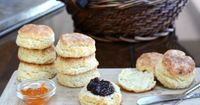Mom's Perfect Biscuits �™� KitchenParade.com, the family recipe, perfected by three generations of biscuit makers and one persistent food blogger. The secret ingredient? One egg. Weight Watchers PointsPlus 4.
