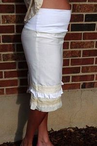 Maternity skirt pattern. This has potential. Maybe i'll need it someday.
