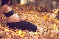 Fall leaves, Matenity Belly Photography, Seattle Maternity Pregnancy Photographer