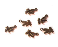 Pack of 100 Bronze Bee Charms. Animal Theme Pendants. 17mm x 9mm. £8.99