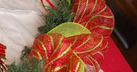 Using deco mesh to decorate for Christmas, a how to for wreaths and garland!
