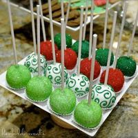 Christmas Cake Pops...I have a cake pop kit that I have yet to use and I would love to make some for a party here. Wanna help?