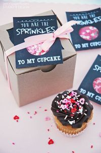Pen N' Paperflowers: SHARE | FREE Valentine's Day Cards �€� Chalkboard Style