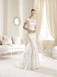 Romantic mermaid bateau sweep train lace wedding dresses