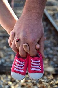 cute photography idea for a baby announcement