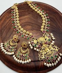 Beautifull goddess Lakshmi necklacevwith chandbali $142.00