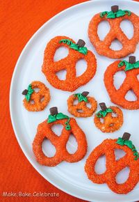 : Chocolate Covered Pumpkin Pretzels