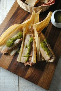 Bean Cheese and Potato Tamales Mexican Food by Vianney Rodriguez / Sweet Life Bake #mexicanfood #tamales