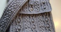 The Bobbling Along Aran Tote - amazing crochet cables! free ravelry download! http://www.ravelry.com/patterns/library/bobbling-along-aran-tote