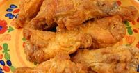 Make chicken wings in the slow cooker.