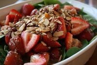 Schaeffer Girls' Grub: Strawberry Spinach Salad