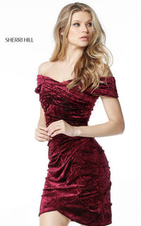 SHERRI HILL 51402 VELVET MINI OFF THE SHOULDER MAGENTA PARTY DRESS