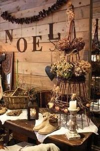 Decor: Rustic christmas decor