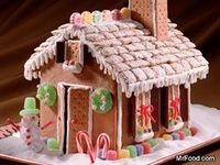 I want to make a gingerbread house this season!