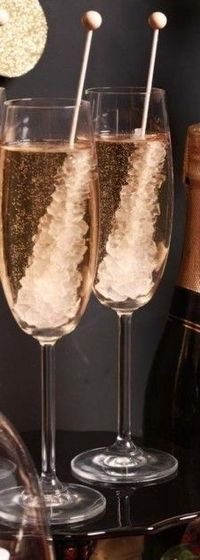 Last-Minute New Year's Eve Party Ideas, New Year's champagne in 2014, 2014 New Years champagne