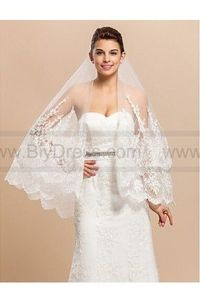 Elegant1 Layer Waltz Wedding Wedding Veil With Lace Applique Edge