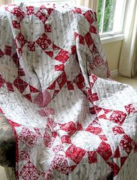 Home Circle quilt at Sharon Holland Designs
