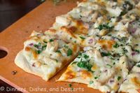 Roasted Garlic, Chicken & Herb White Pizza #SundaySupper | Dinners, Dishes, and Desserts - Part 1