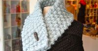 I've made several of these over the years and they're as easy as can be, not to mention the warmest scarf you'll ever wear short of draping a living cat around your neck.