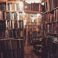 Get lost in a good book(shop).