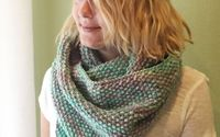 Winter Seeds : Free Seed Stitch Infinity Scarf Knitting Pattern