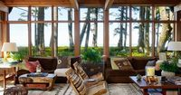 Modern is organic in the Pacific Northwest.