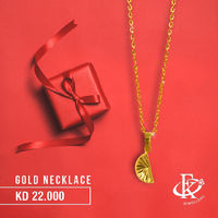 This gold necklace is for a look of utter perfection of any women.