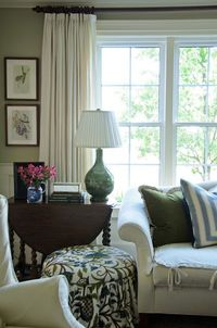Gracious Farmhouse: Living Room