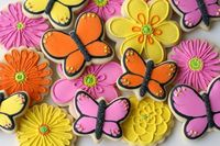 Beautiful Butterfly Cookies {Decorating How-to}