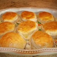 Mom's Fabulous Chicken Pot Pie with Biscuit crust. Have to make this for my husband!! He'll love this.
