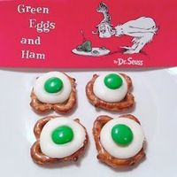 The Moody Fashionista: Dr. Seuss Green Eggs and Ham