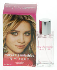 Mary-Kate And Ashley New York Chic Eau de Toilette 50ml Spray New York Chic. http://www.comparestoreprices.co.uk/perfumes/mary-kate-and-ashley-new-york-chic-eau-de-toilette-50ml-spray.asp