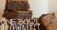Craving chocolate? These amazing brownies whip up super fast in just one bowl, and you can even make them out of leftover candy instead of chocolate chips! I se