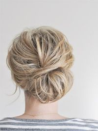 10 fresh and pretty hair tutorials perfect for spring and summer at The Sweetest Occasion